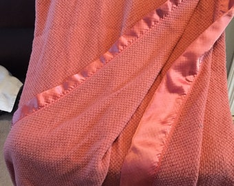 Vintage BEACON Blanket Thermal Acrylic Full Double Satin Binding USA GUC