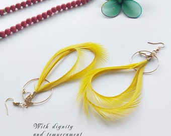 Large Circle Earrings Yellow Feather Earrings With Lock Decoration