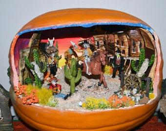 Halloween Diorama, Pumpkin Diorama, Halloween Miniature, Halloween Table Decoration,Western Showdown in Deadwood ,Ready to Ship!