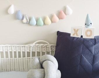 Felt Raindrop Garland Banner, Nursery Decor, Baby Mobile, Party Decoration, Gender Neutral Baby Shower, 1st Birthday, New Baby Gift