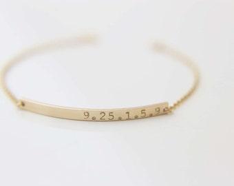 Date Bar Bracelet - Gold filled/Sterling Silver Personalized Name Plate Bracelet   EB026