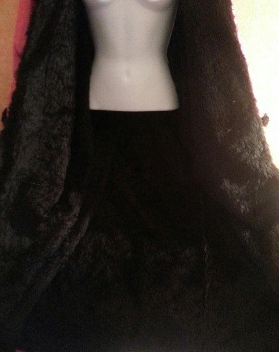 Color Reversible Fuchsia Lining Faux Luxurious Bridal Party Avail Black Bubblegum Vegan Combo's All Fur Taffeta Coat Maxi Club IUq7Hq1x