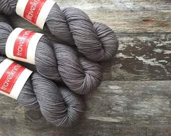 BFL DK hand dyed yarn - London Skies