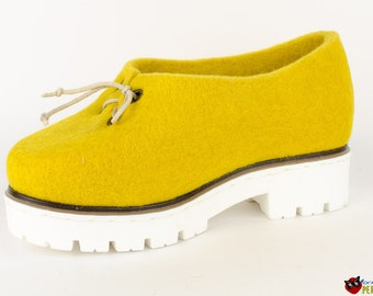 Oxford shoe for women   Platform Shoes Yellow tulip   Stylish shoes from felt