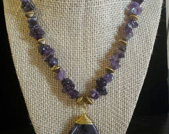 Amethyst chip and focal necklace