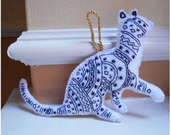 Felt Cat Decoration, Cat Ornaments, Embroidered Animals, Hanging Deco, Cream and black, Cat Lover Gift, Felt handmade, Personalised Cat