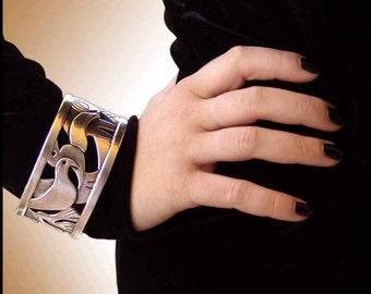 Statement Jewelry||Fine Art Jewelry||for Women||Birds Flight