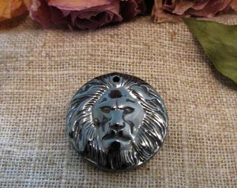 25 mm genuine Hematite lion head pendant
