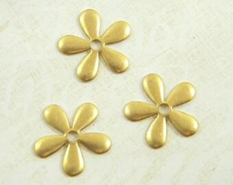 12 pcs. Raw Brass Flower, Flower Stamping, Daisy Bead Cap, Flower Embellishment, Raw Brass Stamping, 17mm - (r170)