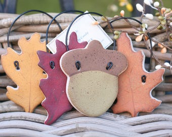 Leaves and acorns Autumn hanging ornaments, Autumn Wedding favors, Tree decor, Fall decorations, Party favors , Woodland rustic decor