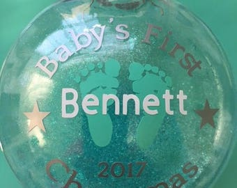 Baby's First Christmas Ornament, Personalized Baby Ornament, 2017 Baby Ornament, Christmas Ornaments, Baby feet ornament,
