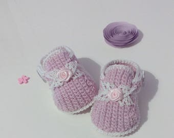 crochet baby girl shoes with cotton yarn