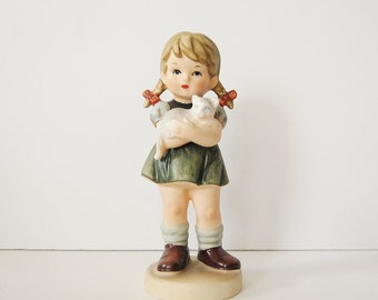 Vintage Little Girl Figurine, Ceramic Girl Holding Cat Hummel Style Figurine, Cat Figurine