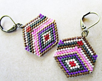 Triangle pink/green beaded earrings