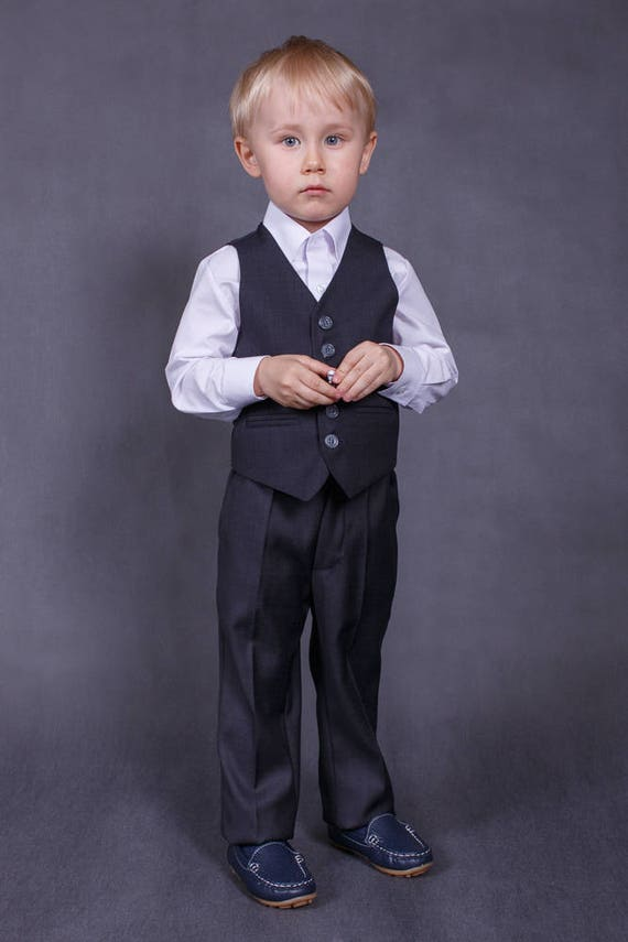 Ready to ship size 3T Ring bearer outfit Wedding boy suit Boy