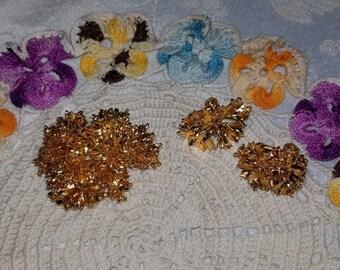Vintage Gold Floral Brooch & Clip On Earrings Set
