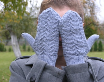 hand knitted gloves,winter accessory,gray knitted mittens,knitted gift,soft and warm mittens