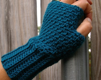 Crochet Pattern Fingerless Gloves Arm Warmers Instant Download PDF