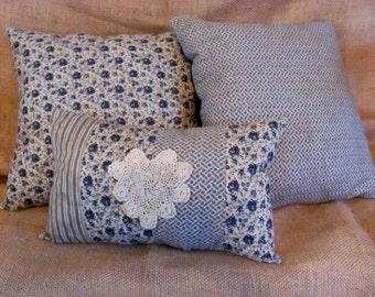 Set/3 Country Blue Decorative Pillows