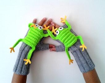 Crochet mittens glove Original Design Cute Frog  gloves, touch screen glove fingerless , children clothing, gift, birthday , hand puppet
