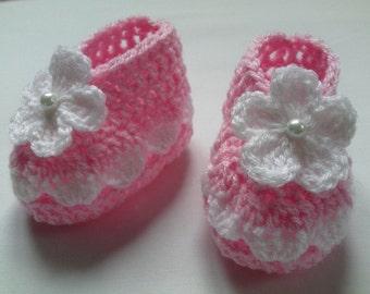 Crochet Baby Booties gift baby pink white flower