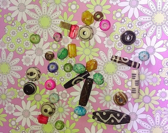 assortment of 30 beads ethnic multi-shapes and multi-color