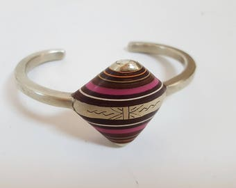 vintage Amazigh Berber Silver Bracelet with Ebony  & Pink Agate, from Morocco