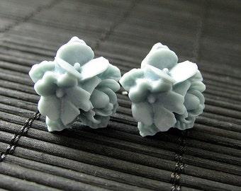 Blue Grey Flower Cluster Earrings. Blue Gray Flower Earrings. Bronze Post Earrings. Stud Earrings. Flower Jewelry. Handmade Jewelry.