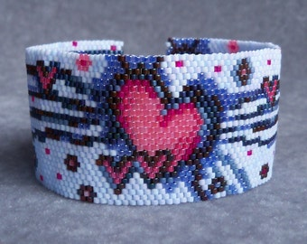 Love Beams Bracelet Pattern - Peyote Stitch