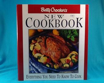 1996 Betty Crocker's New Cookbook Looseleaf Vintage