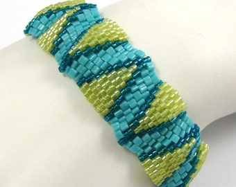 Small Summer Ripples Peyote Bracelet (2544) - A Sand Fibers Creation