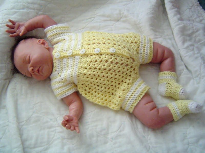 0064 Baby Boys Yellow Sunshine PatternBaby Crochet