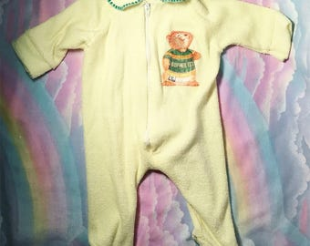 Gopher it vintage yellow baby onesie sleeper size small