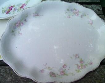 Sweet floral detailed platter