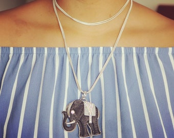 Elephant pendant with cable chain