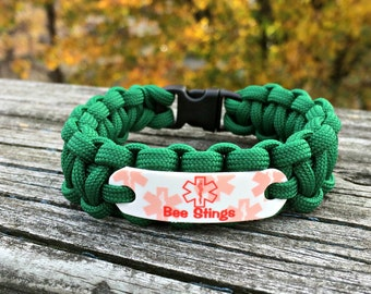 Bee Sting Bracelet | Allergy Medical ID Paracord for children, teens & adult in choice of cord color | Waterproof charm can be customized