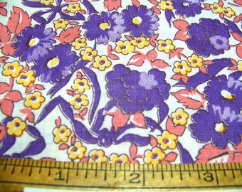 "Vintage 1940's Cotton Fabric DAISY FLORAL Purple Lilac Yellow Pink White 17"" Wide By 18"" Long InvGT"