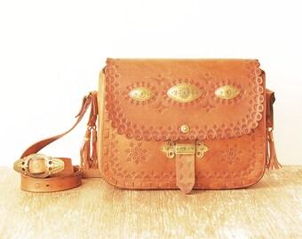 Leather Shoulder Bag, Vintage Tooled Leather Handbag, 80s Leather Tooled Purse, Leather Brass Plate Crossbody Bag