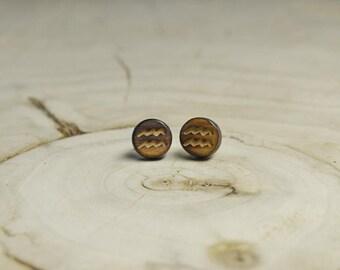 Boucles d'oreilles Clou Bois Récupéré et Argent - Signe Astrologique Verseau