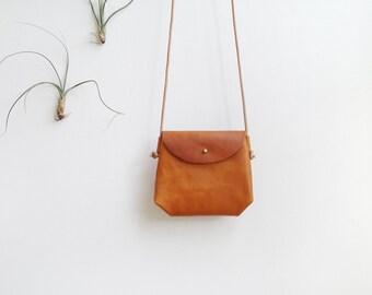 Mini Crossbody Sling - small leather shoulder bag in caramel