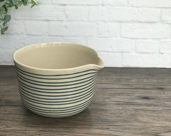 Pouring mixing bowl