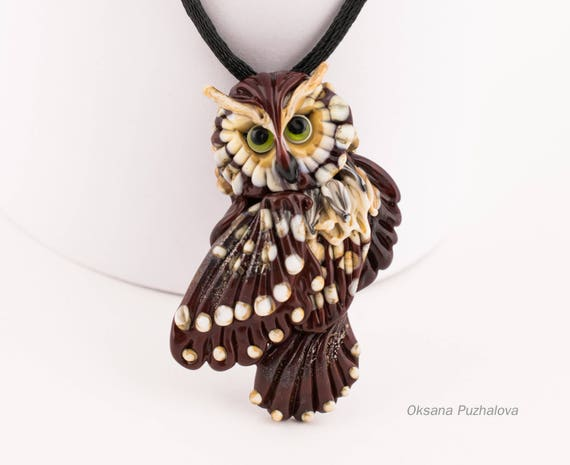 Green eyed Owl necklace, Owl pendant, Owl jewelry, glass owl necklace lampwork