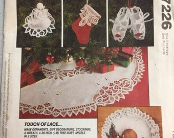 Christmas Sewing Pattern McCall's 7226 Touch of Lace  Uncut Complete Ornaments, Stocking, Wreath, Tree Skirt