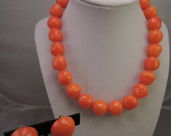 Signed Vogue Marbled Orange Plastic Necklace and Clip Earrings Set