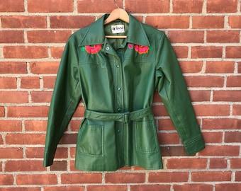 70s Embroidered flower green jacket belted tie waist coat vintage womens medium 1970s snap button floral design