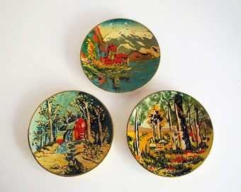 Painted Wall Hangings, 1940s Occupied Japan, Paper Mache Plaques, Asian Landscapes, Cottage Chic Decor, Hand Painted Circles, Rustic Decor