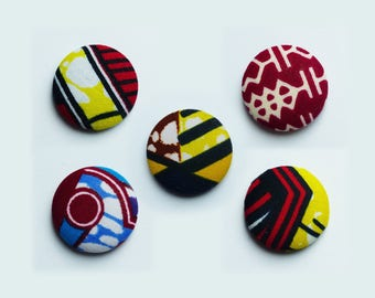 magnet fabric wax * 2.8 cm * multicolored pattern