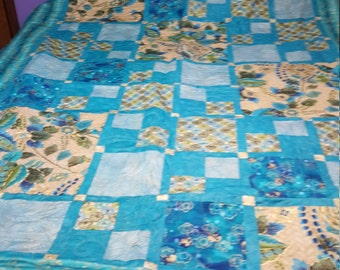Teal and Metallic Gold Quilt (2156)
