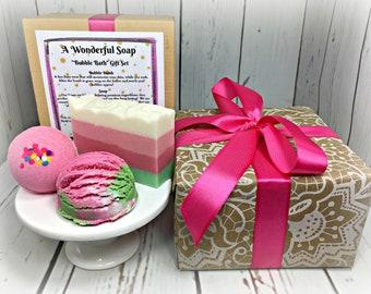 Rose Bubble Bath Gift Set / Bath Bomb Gift Set / Vegan Soap Gift Set / Rose Bath Bomb Gift Set  / Bridesmaid Gift Set / Gift for Mom