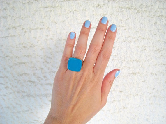 Teal statement ring, silver tone teal blue resin ring, cyan blue - green, modern minimalist jewelry, summer jewelry, color block jewelry